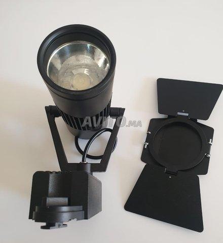 Éclairage sur rail de Loft (LED TRACK LIGHT ) 20W - 4