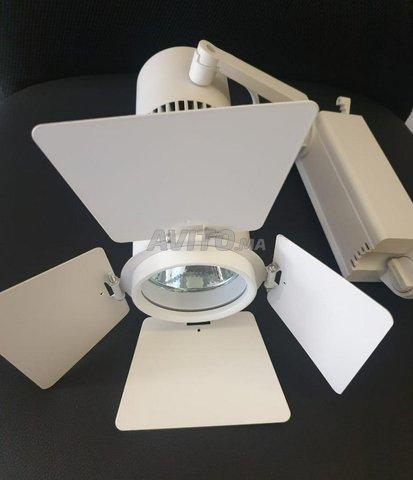 Éclairage sur rail de Loft (LED TRACK LIGHT ) 20W - 2