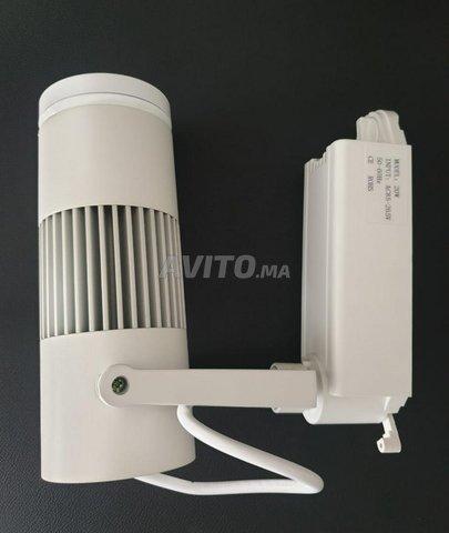 Éclairage sur rail de Loft (LED TRACK LIGHT ) 20W - 5