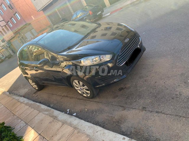 Ford Fiesta tout option - 1