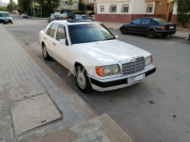 Mercedes 250 - 1