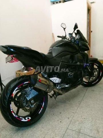 kawasaki Z750 - 1