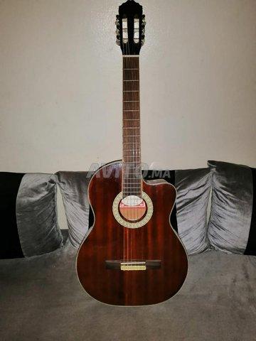 Guitare classique pan coupé  - 1