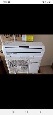 Je vend climatiseur indesit - 1
