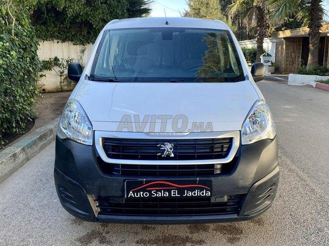 Peugeot Partner Utilitaire Diesel   - 4