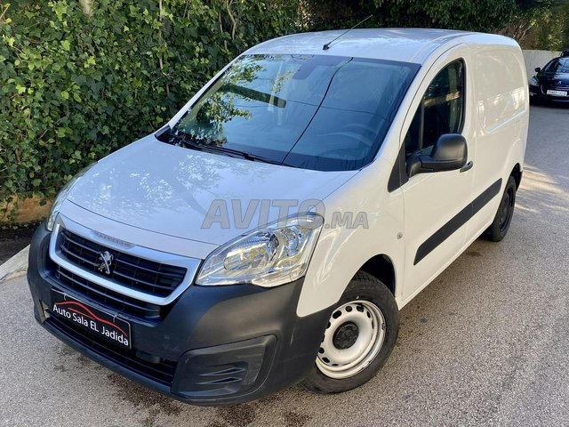 Peugeot Partner Utilitaire Diesel   - 3