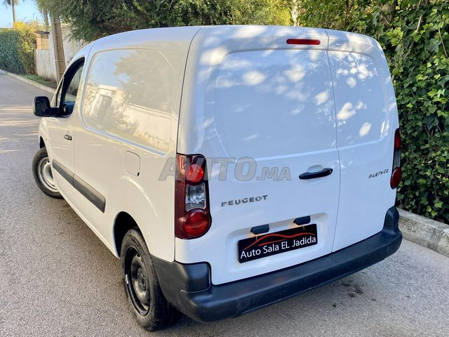Peugeot Partner Utilitaire Diesel   - 1