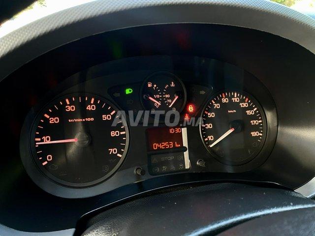 Peugeot Partner Utilitaire Diesel   - 8
