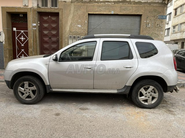 Dacia duster 1er main  - 3