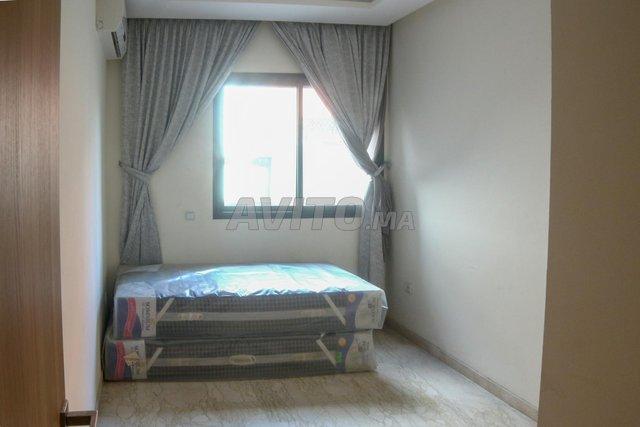 Appartement de 112 m2 avec terrasse sur 2 mars - 4