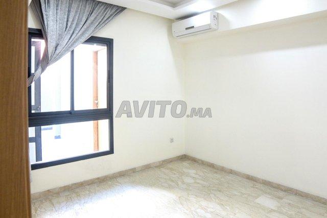 Appartement de 112 m2 avec terrasse sur 2 mars - 2