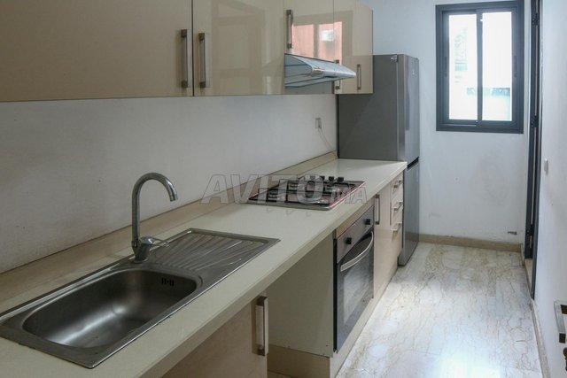 Appartement de 112 m2 avec terrasse sur 2 mars - 3