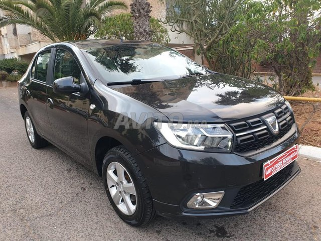 Dacia Logan Diesel toute option version lauréate - 1