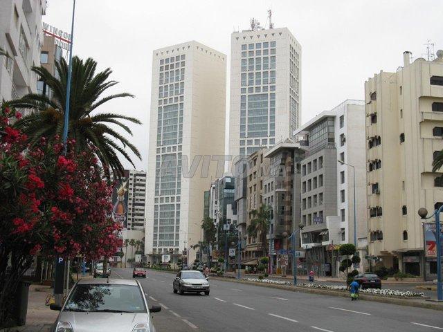 Bureau et plateau en Vente à Casablanca - 8