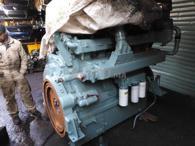 moteur marin  - 2