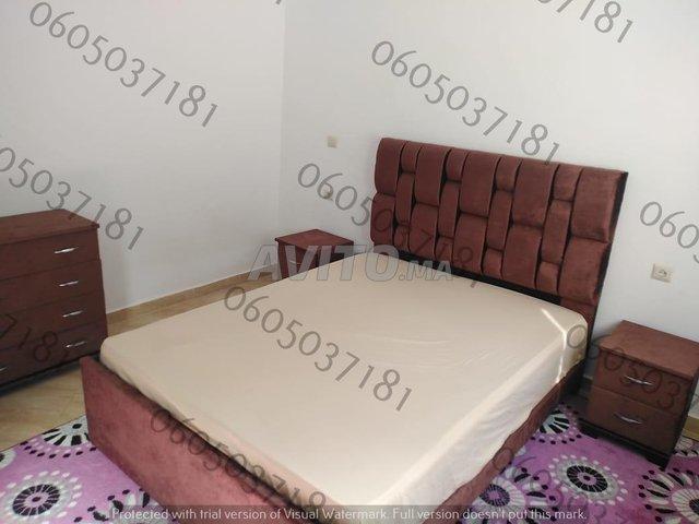 Chambre à coucher moderne lit  .          - 4