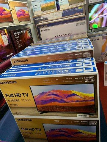 Tv Led Samsung 40'' T5300 FHD Smart TV 2020 Neuf - 2