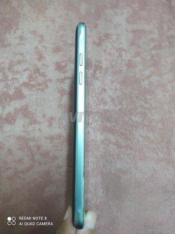 Samsung Galaxy J5 (6) - 3