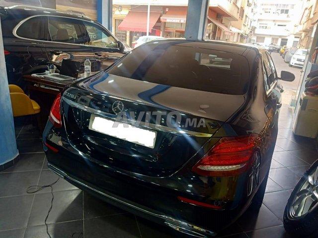 Mercedes-Benz Classe E220 DIESEL  - 2