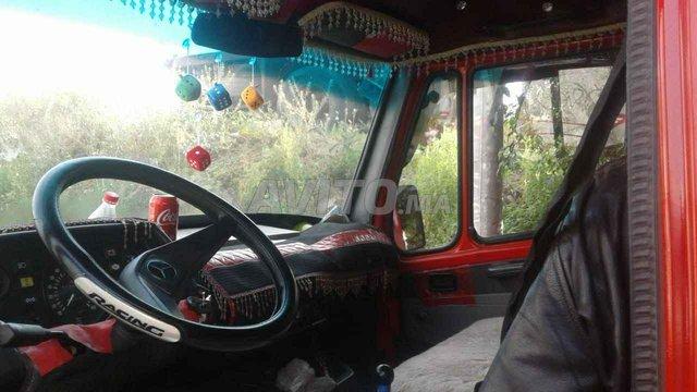 سيارة مرىسيديس    307 - 4