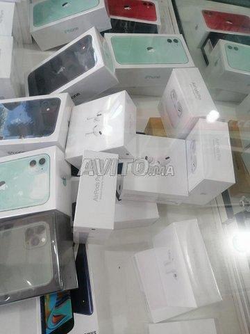 Apple IPhone 11 et 12/IPad/Galaxy - 7