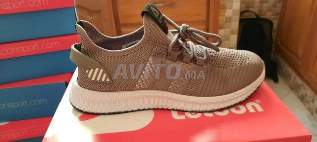 Chaussures de sport  Marque LETOON  - 1