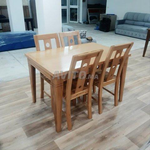طاولات للاكل من الخشب الجيد - 1