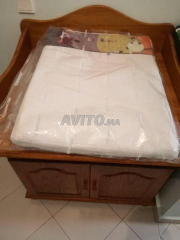 Table à langer en pin avec rangements intégrés  - 3