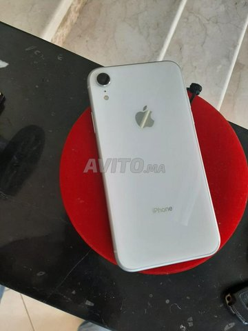 Vend Iphone XR comme neuf - 2