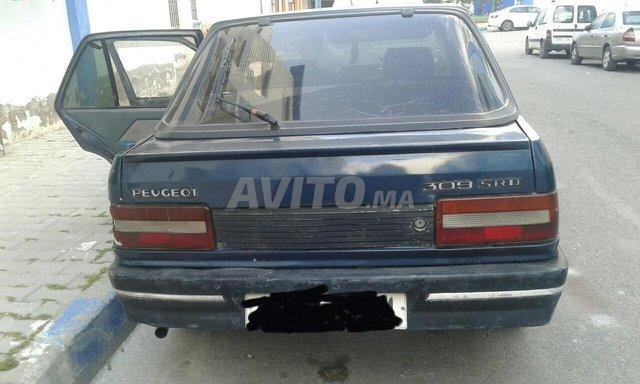 Peugeot 309 - 1