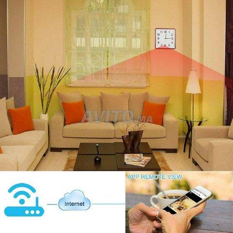 TK4 - Horloge Caméra de Surveillance WiFi  - 1