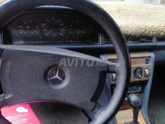 Mercedes 250 - 5
