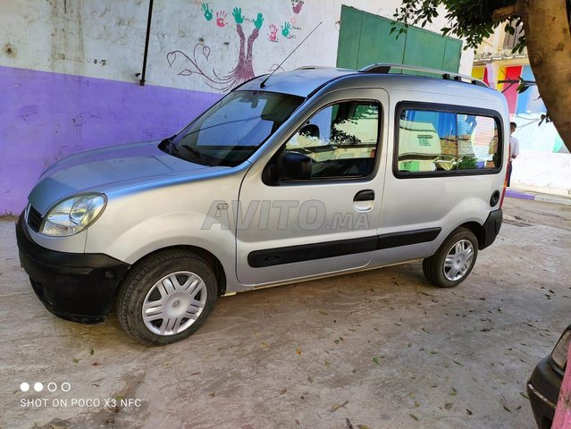 Renault Kangoo en bon état - 1