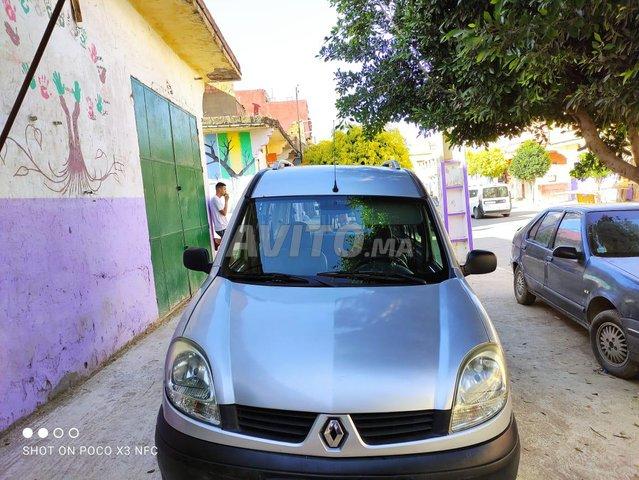 Renault Kangoo en bon état - 2