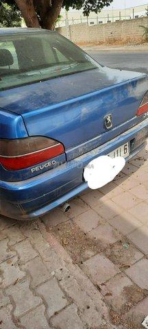 Peugeot - 8