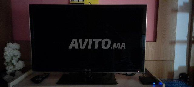 LED TV 40 ''  A   VENDRE - 1