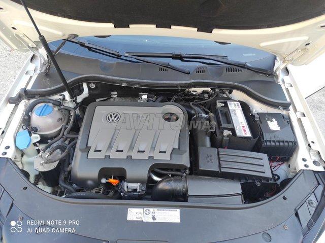 Volkswagen Passat - 2