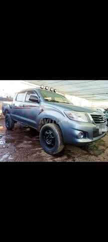 Toyota Hilux Diesel Double Cabine - 2