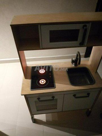 Mini-cuisine pour enfant en bois. - 5