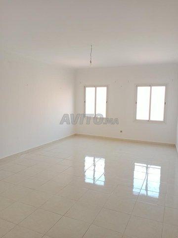 grand appartement de 90m2 a coté de carré eden - 2