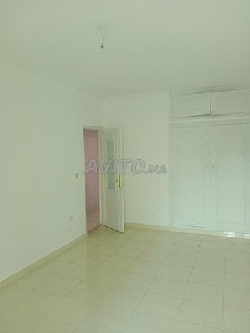 grand appartement de 90m2 a coté de carré eden - 4