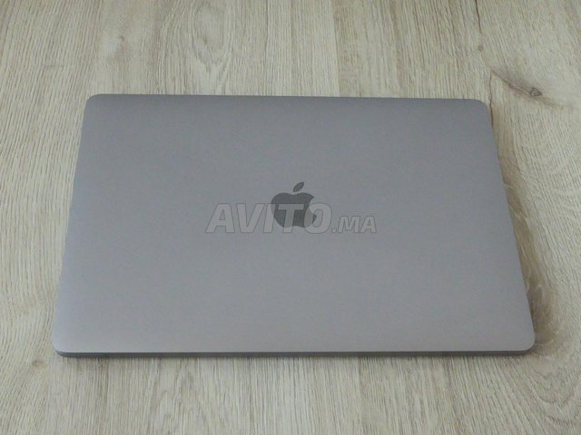 MacBook Pro i7 Touch Bar 16GB 512SSD Gris sidéral - 8