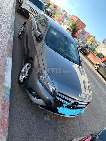 Vente voiture Mercedes classe a 180d - 2