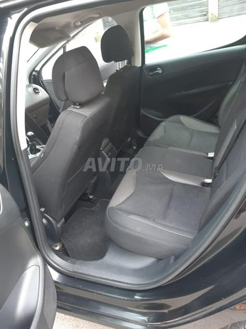 Peugeot 308 - 1