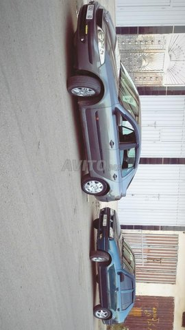 Renault Laguna 2  - 3
