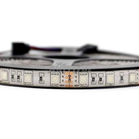 STRIPS  5050 60 14.4 W par metre  12V 5M RGB  IP67 - 3
