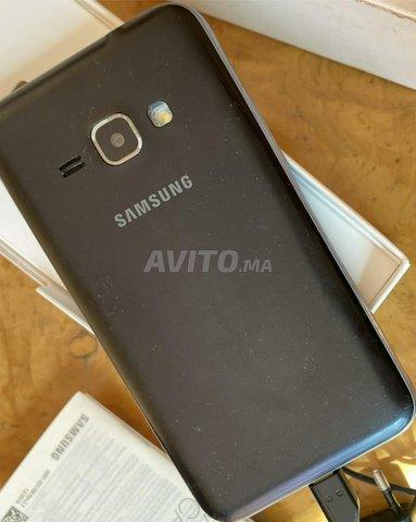 smartphone samsung J1 - 1