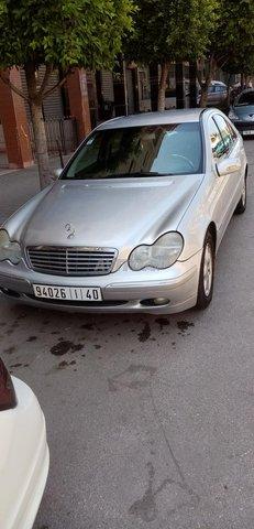 Mercedes C220 - 1
