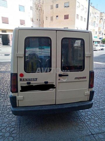Renault Express    - 4