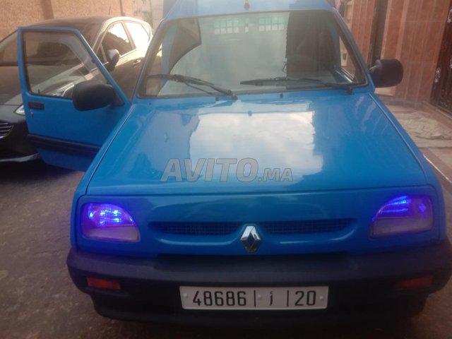 Renault - 2